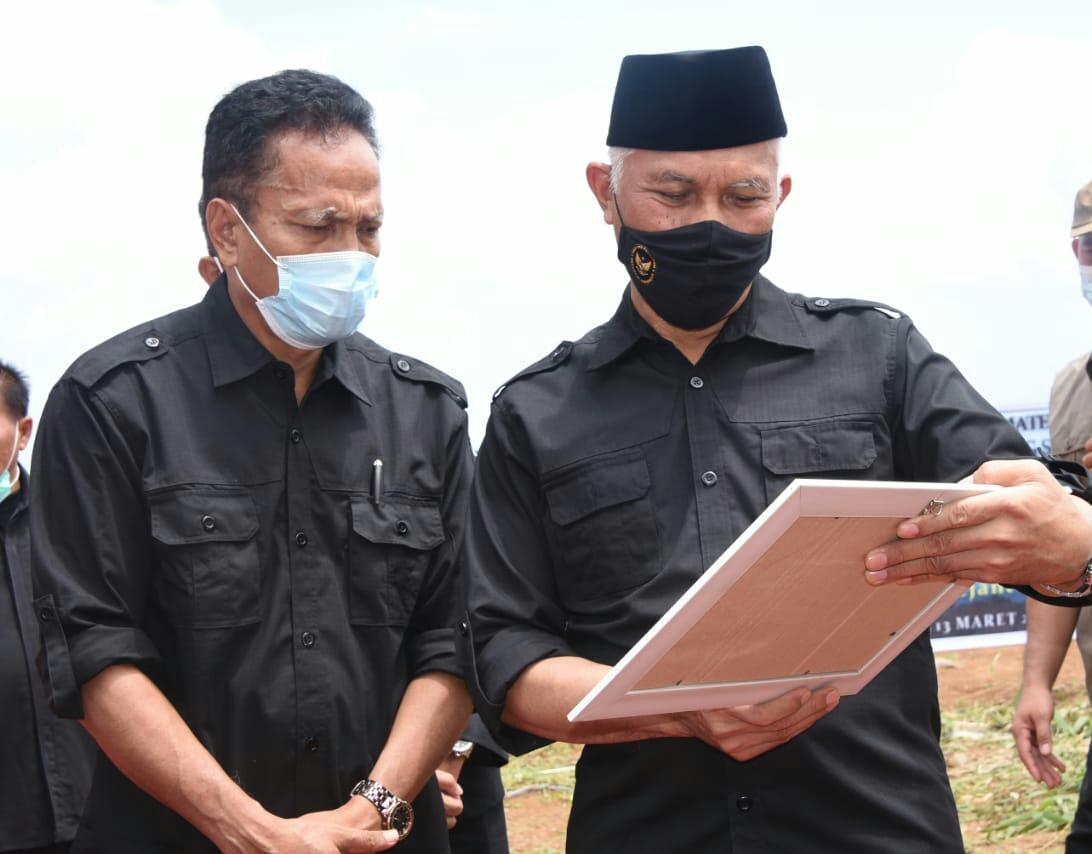 Penyerahan Sertifikat Organik Oleh Gubernur Sumatera Barat